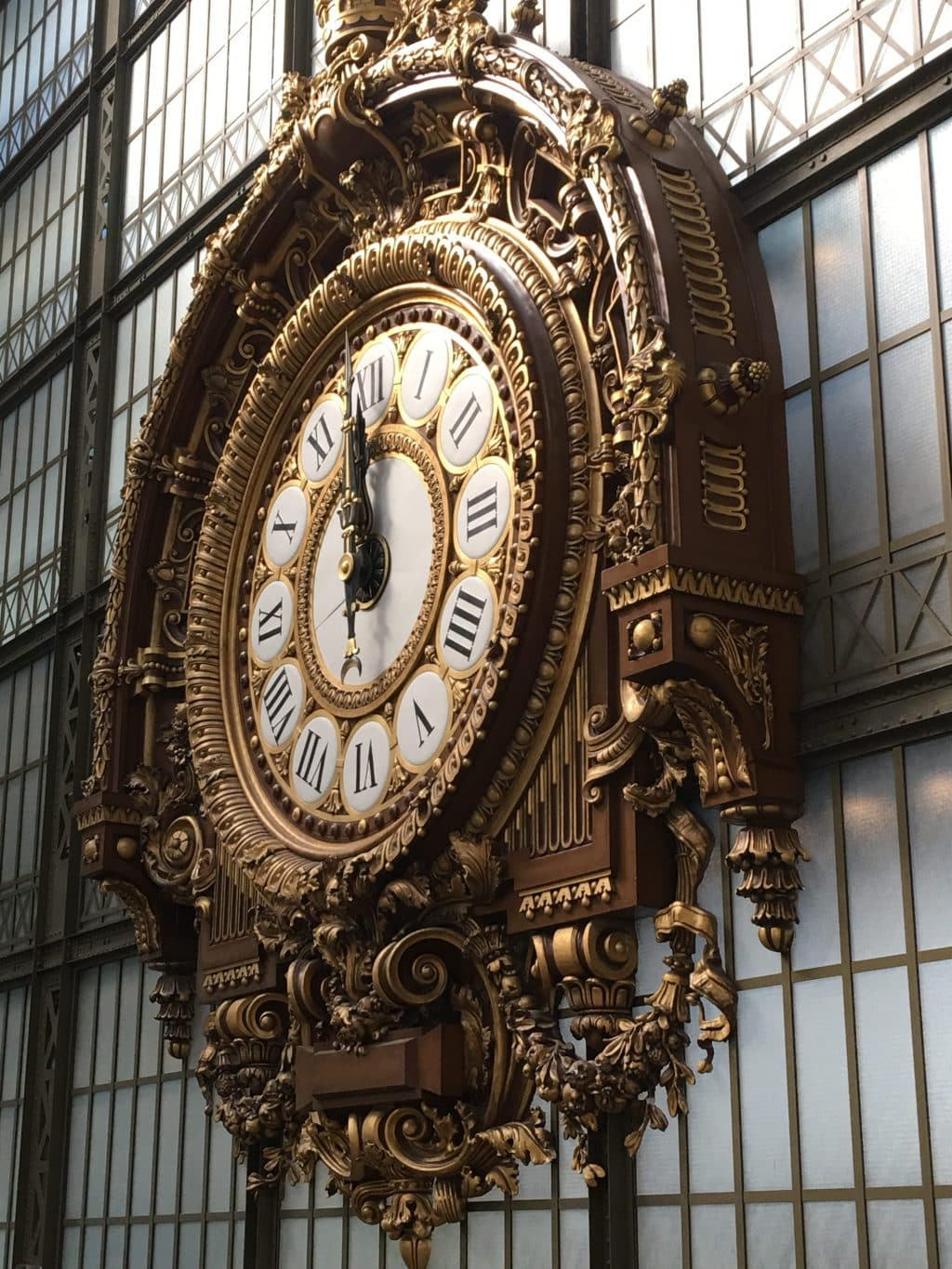 Gold Clock at Musée d'Orsay