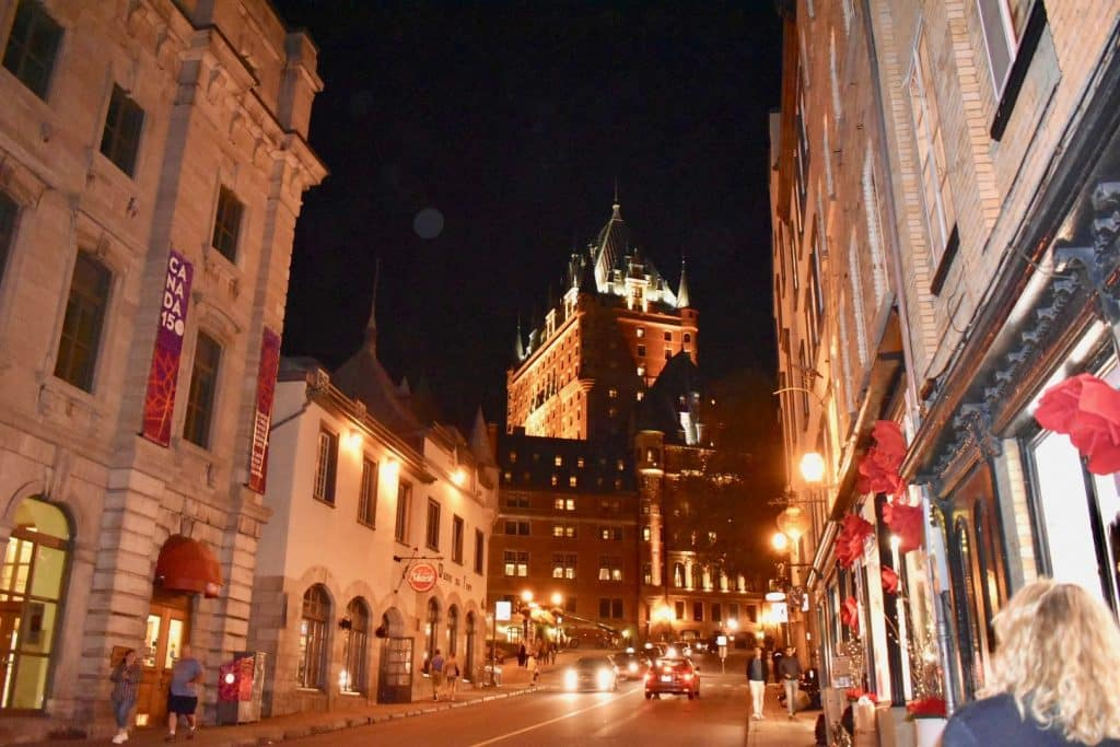 Quebec at night