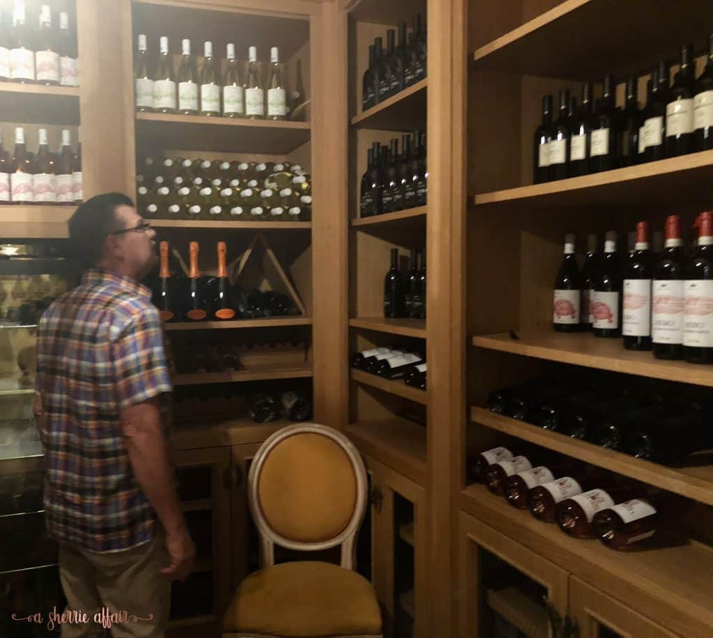Wine room in Lago d'Iseo at hotel