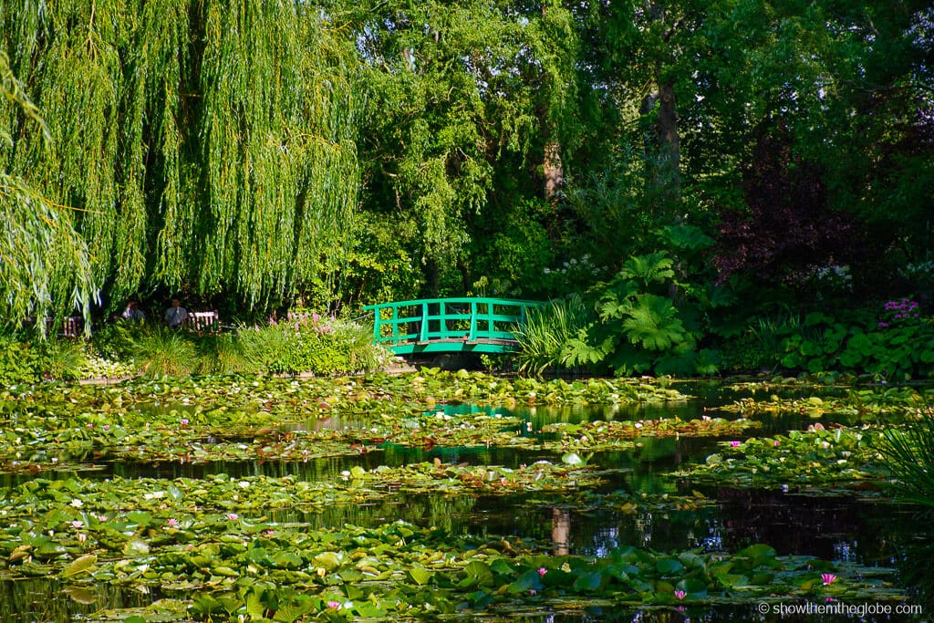 Beautiful flowers and gardens around the world: Monet Gardens in Giverny France